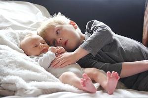 Stem gezin af op baby