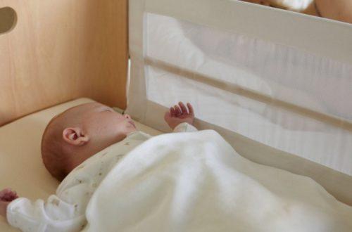 Baby veilig slapen, kies voor apart babybed en op dezelfde kamer slapen.